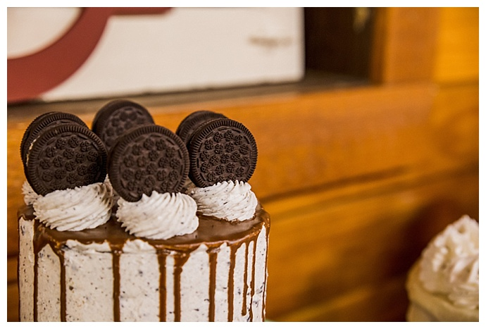 oreo-topped-wedding-cake-cory-lee-photography