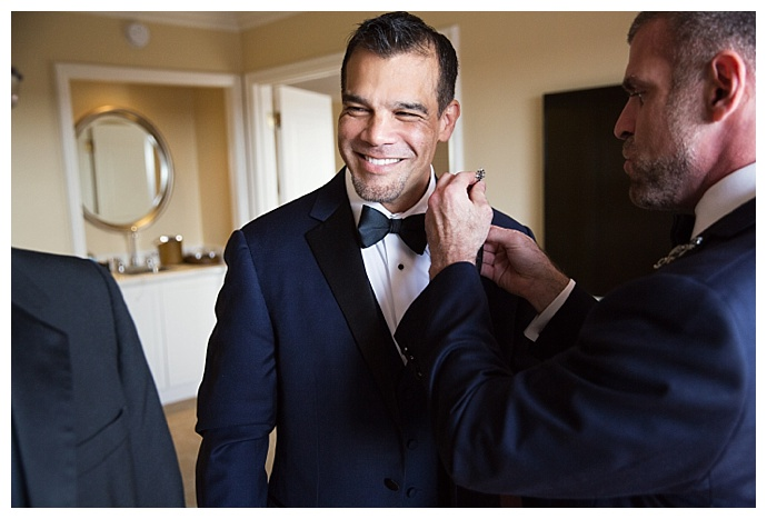 root-photography-grooms-getting-ready-together