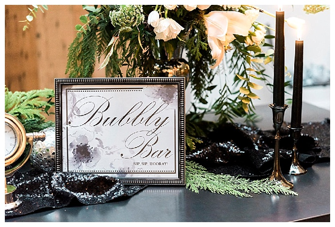 bubbly-bar-wedding-sign-alicia-king-photography