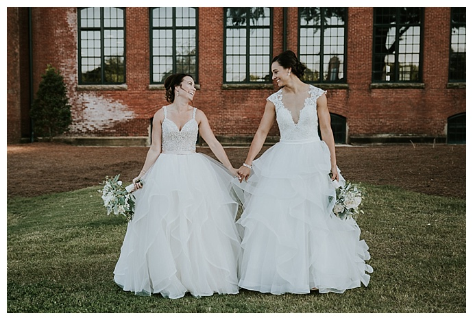 cheyenne-kidd-photography-complementary-lesbian-wedding-dresses