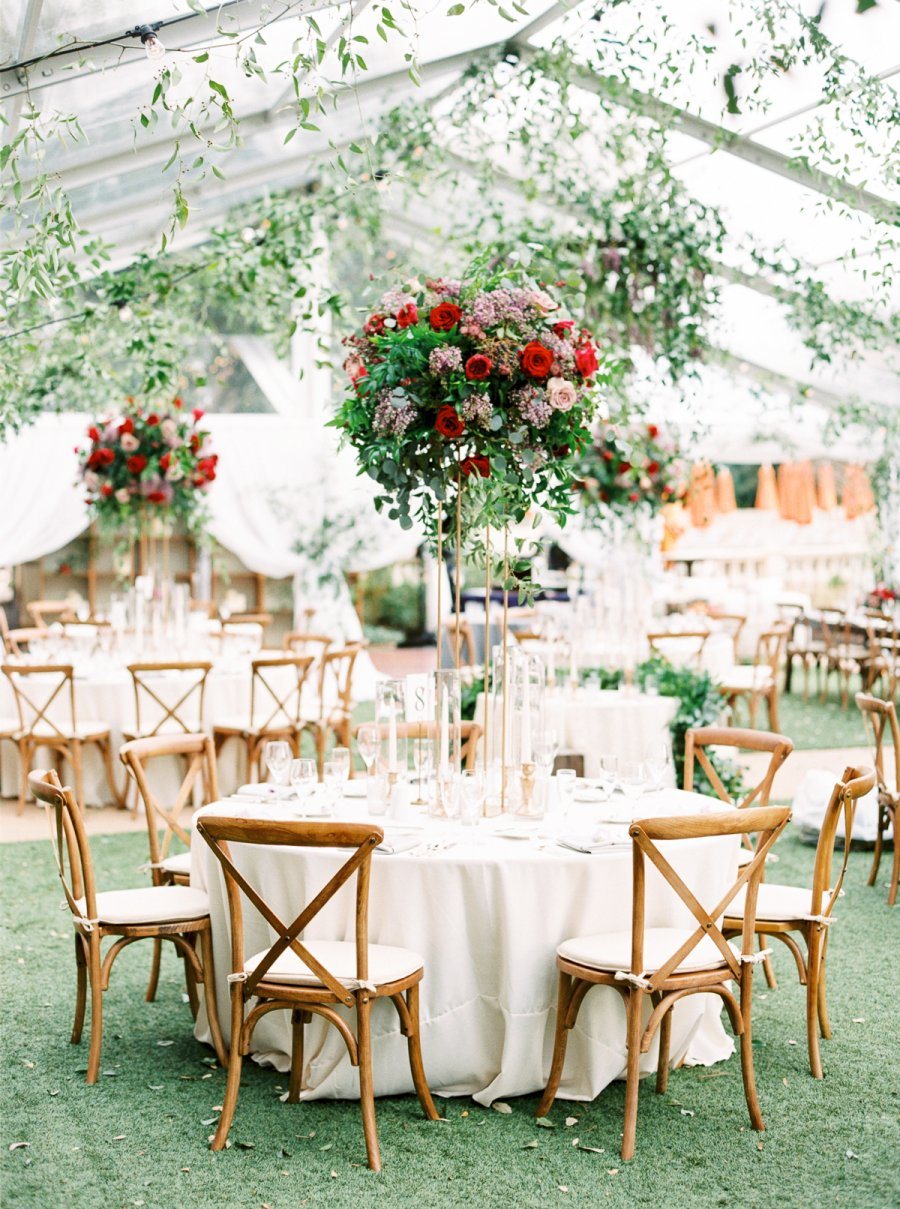 clear-tent-and-greenery-wedding-trend