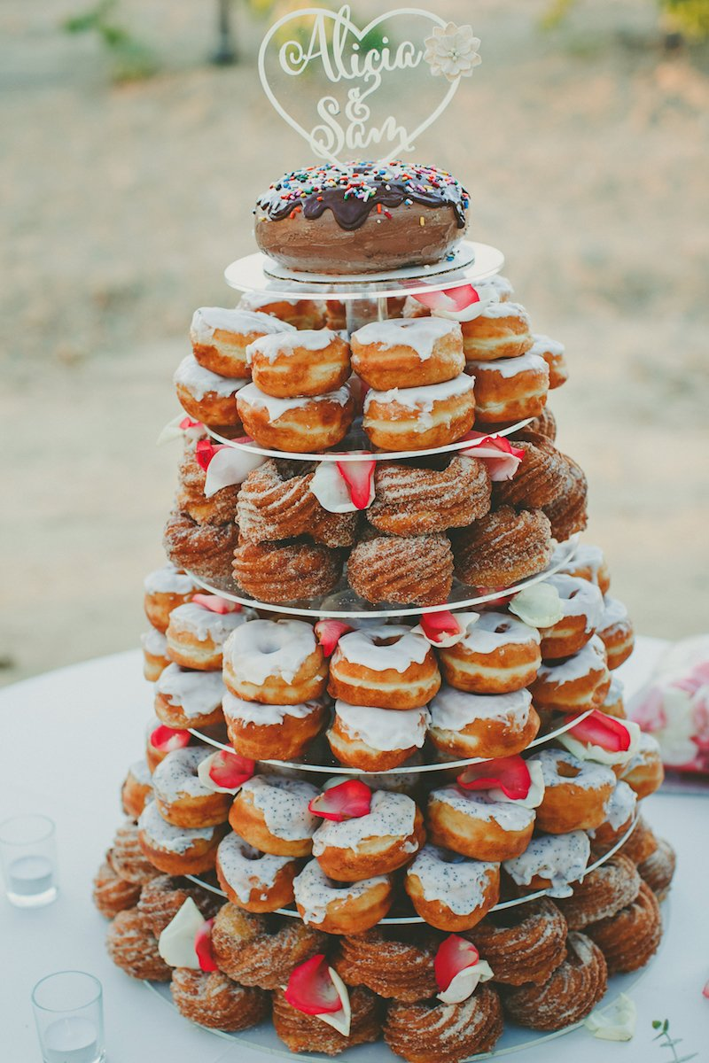 Best of 2017 wedding cakes love inc maglove inc mag donut shaped wedding cake best of 2017 ryan junglespirit Image collections