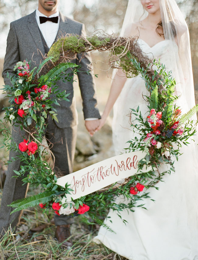 joy-to-the-world-large-wedding-wreath