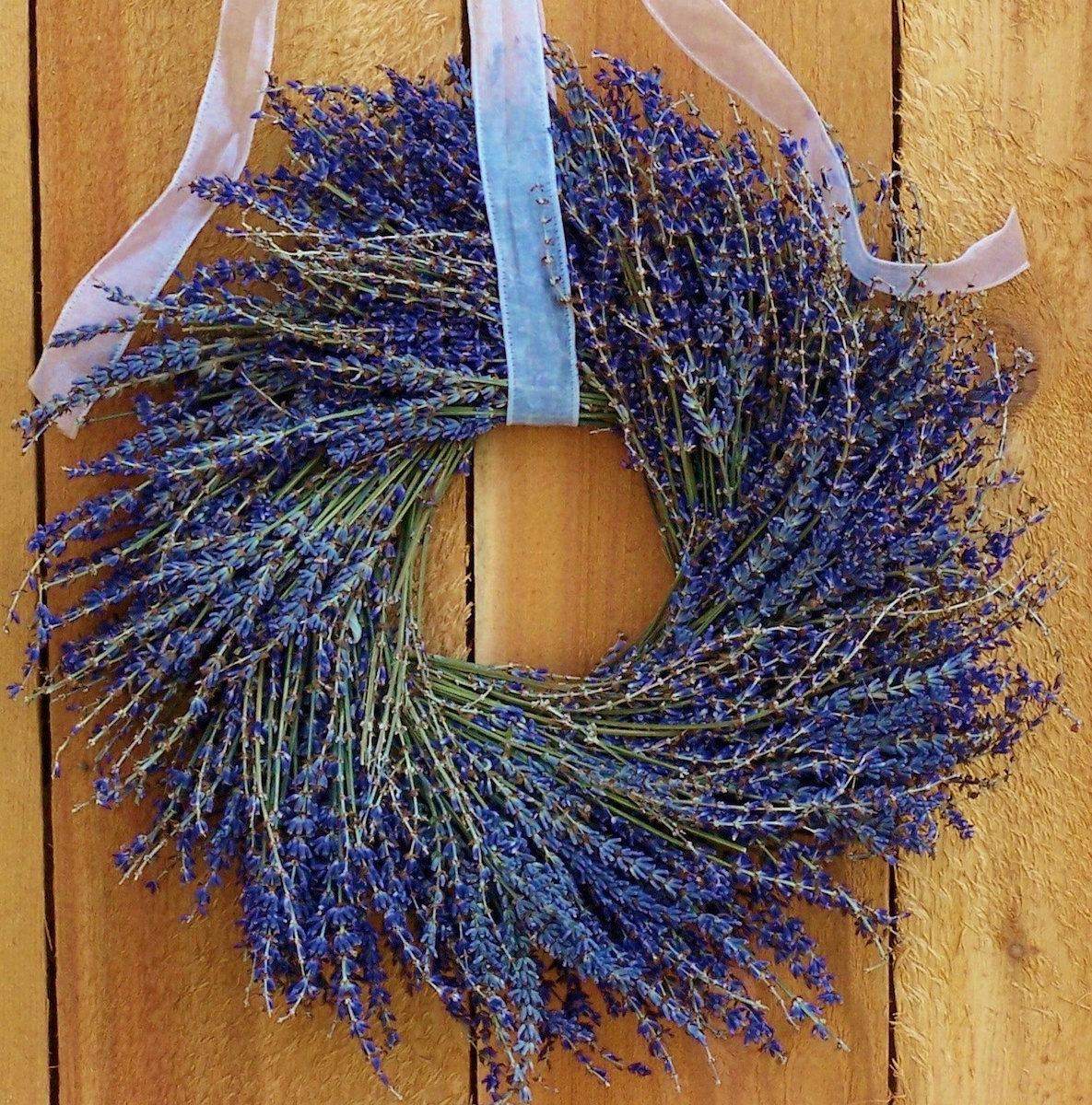 lavender-wedding-wreath