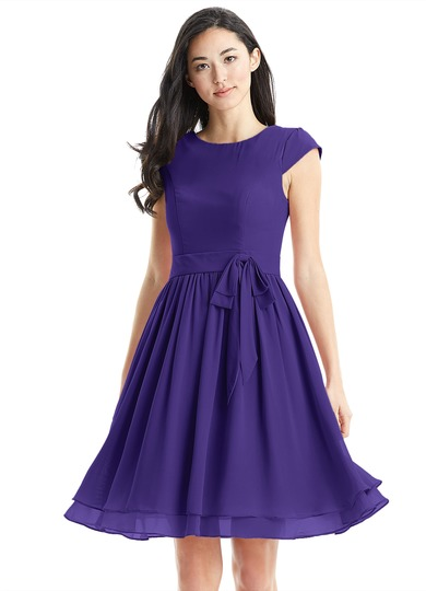short-violet-bridesmaid-dress-pantone-color-of-the-year-2018