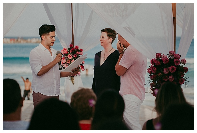 button-up-photography-emotional-wedding-ceremony
