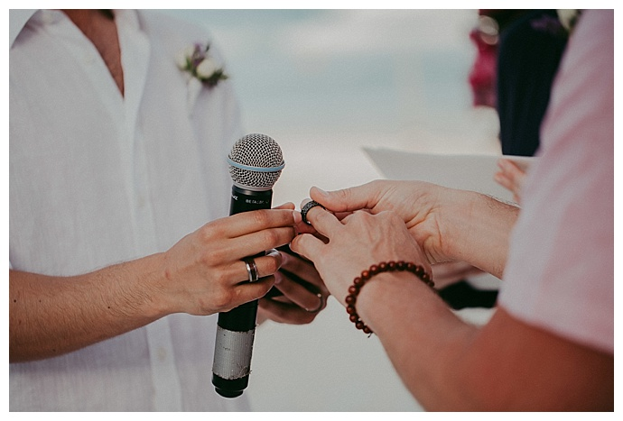 button-up-photography-exchanging-of-the-rings