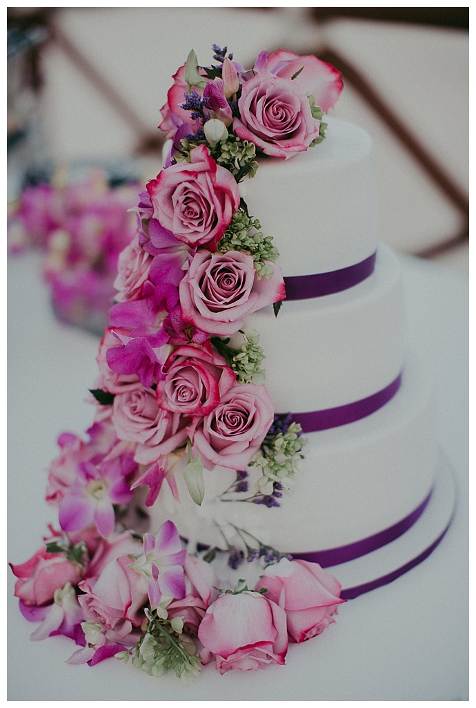button-up-photography-floral-wedding-cake