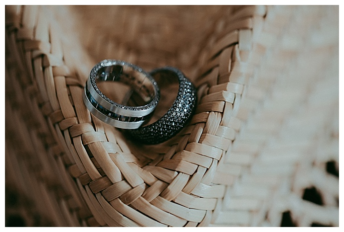 button-up-photography-wedding-bands