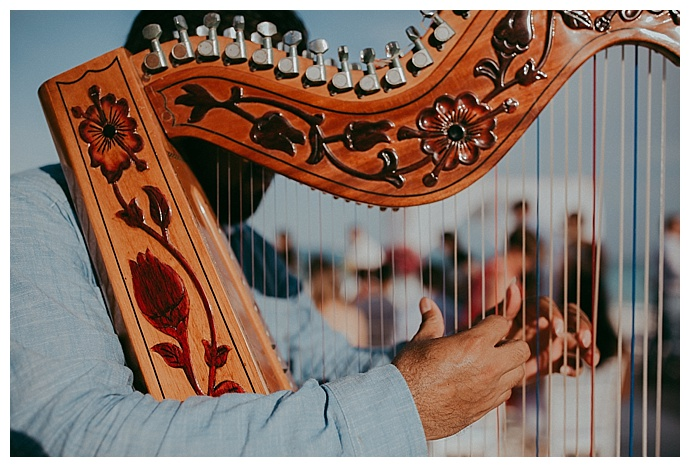 ceremony-harp-button-up-photography
