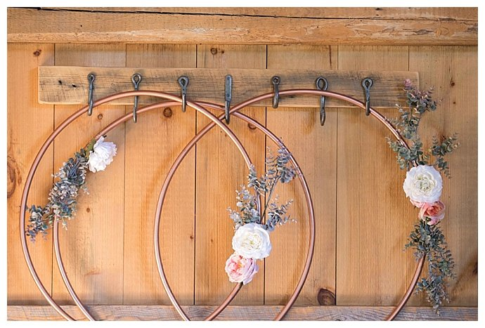 copper-hoop-wedding-decor-jessica-jaccarino-photography