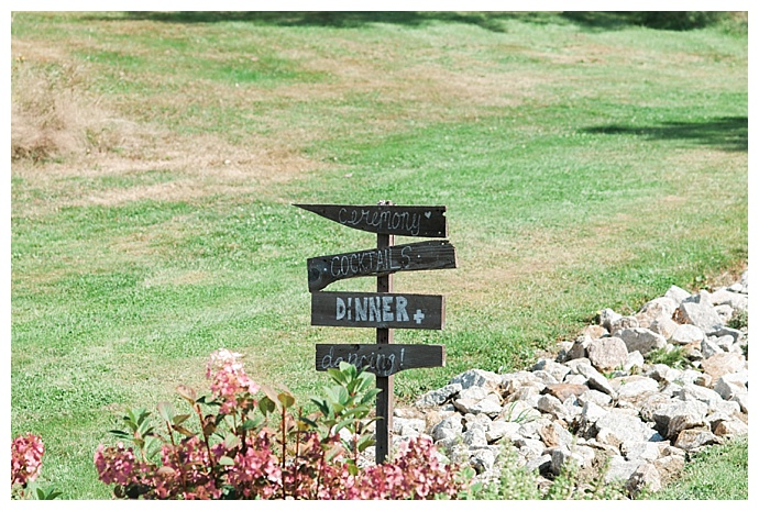 directional-wedding-sign-jessica-jaccarino-photography