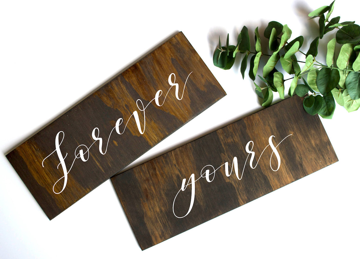 forever-yours-chair-signs