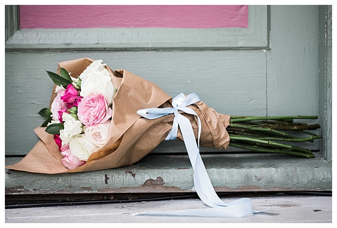 jessica-jaccarino-photography-brown-bag-wrapped-bridesmaid-bouquet