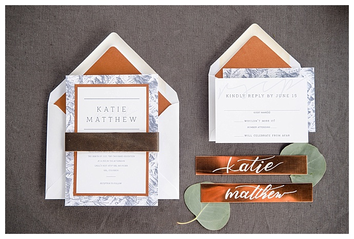 marc-edwards-photographs-modern-metallic-invitation-suite