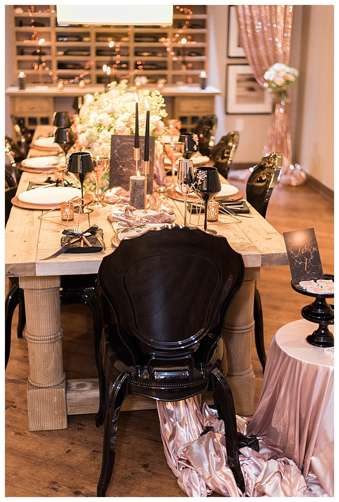 metallic-and-black-wedding-tablescape-lula-king-photo-and-film