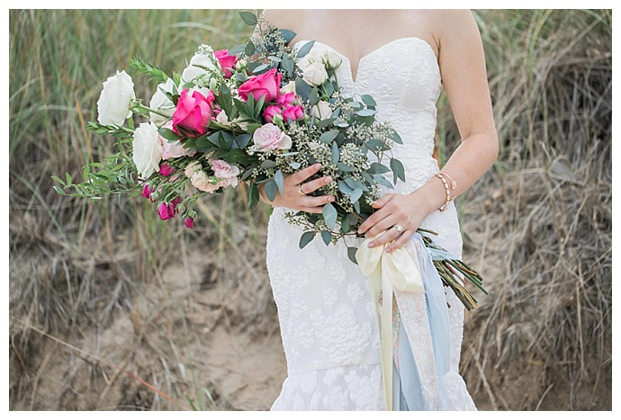 pink-and-white-wedding-bouquet-jessica-jaccarino-photography