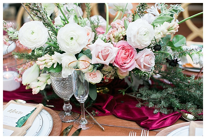 pink-and-white-wedding-flowers-sokhha-photography