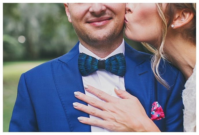 wedding-accessories-feather-bow-ties
