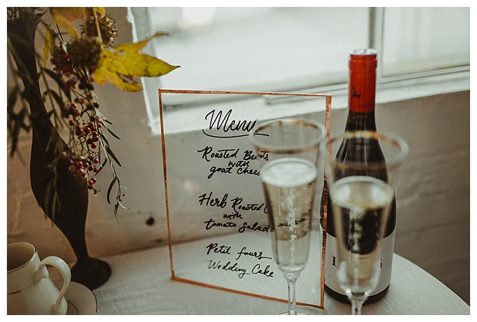 clear-acrylic-wedding-menu-rowanberry-and-lavender-photography