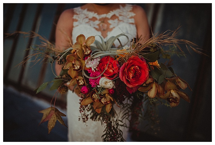 orang-wedding-flowers-rowanberry-and-lavender-photography