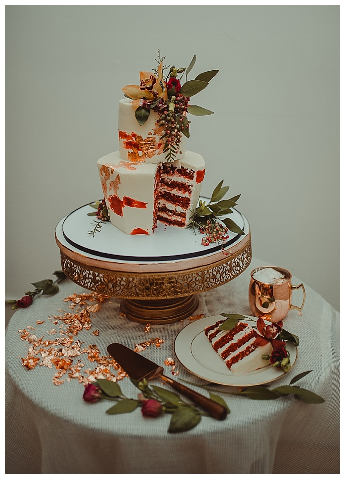 rowanberry-and-lavender-photography-copper-cake-table-decor