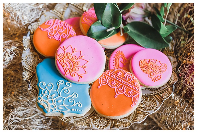 ch-and-sh-fredericks-photography-indian-wedding-cookies