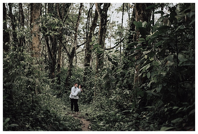 ecuador-cloud-forest-wedding-photos-lh-photography