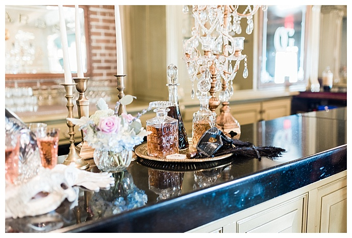 elegant-wedding-bar-tori-lynn-photography
