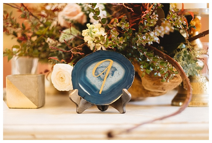 kate-merrill-photography-agate-slice-table-numbers