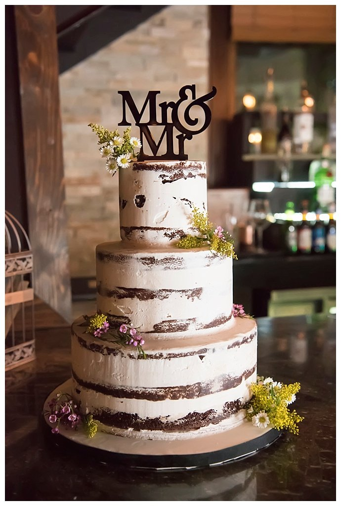 mr-and-mr-wedding-cake-topper-studio-a-images