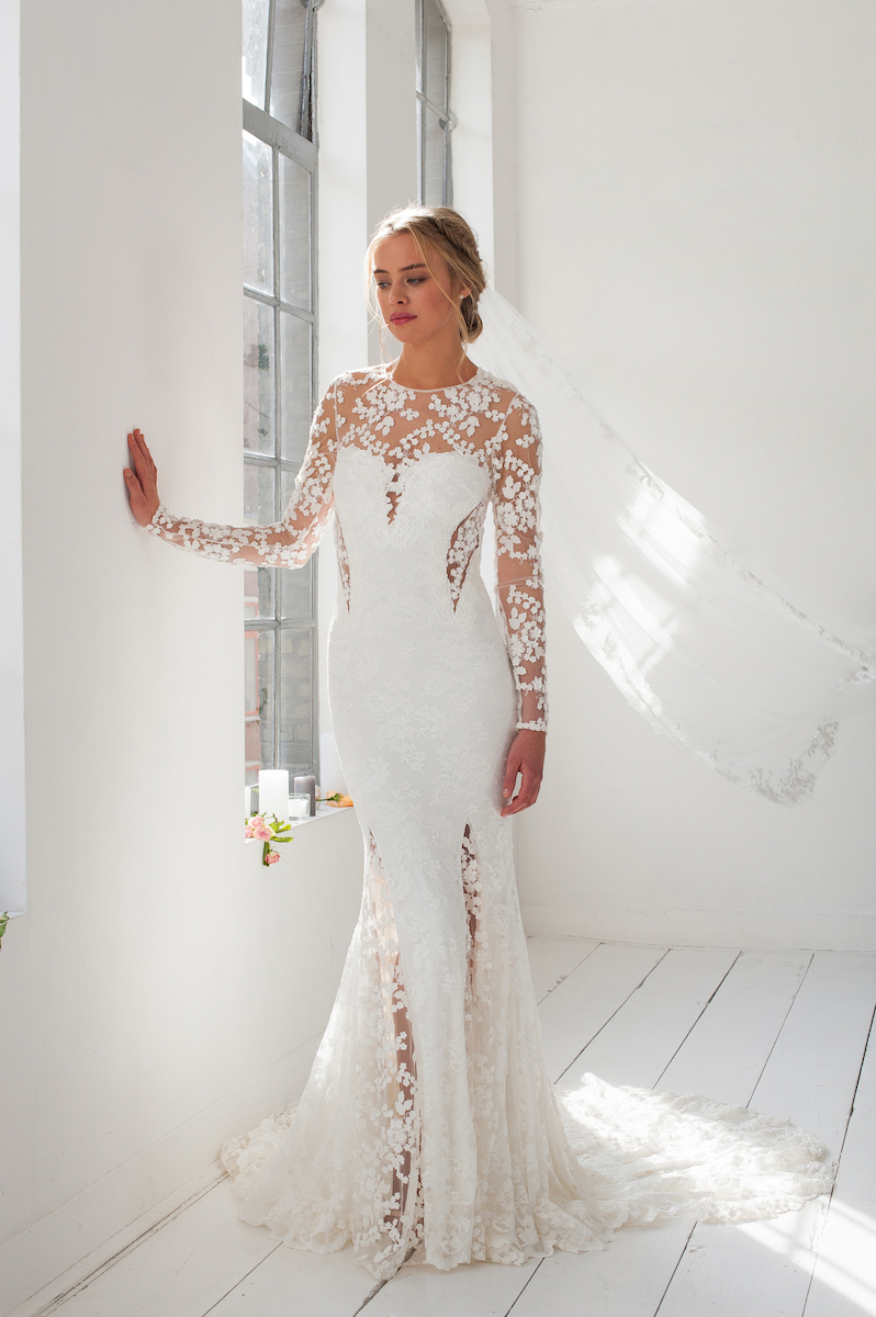 olvis-floral-lace-wedding-dress