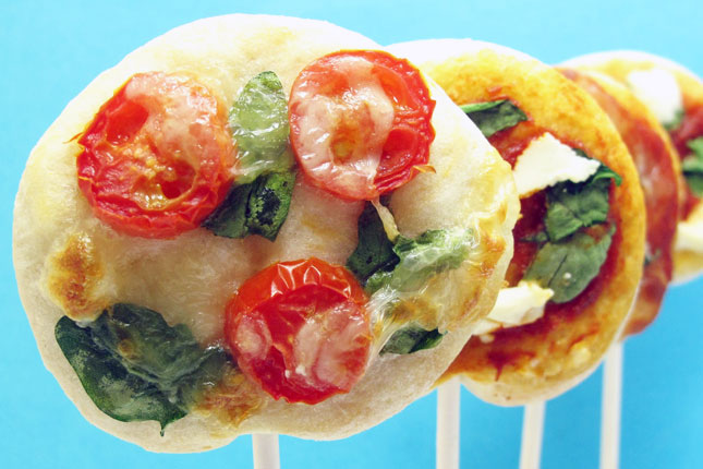 pizza-on-a-stick-wedding-appetizers