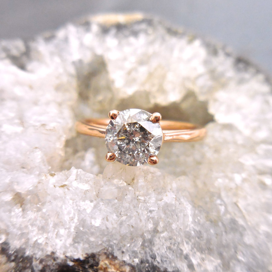 round-diamond-solitaire-engagement-ring-with-gray-diamond