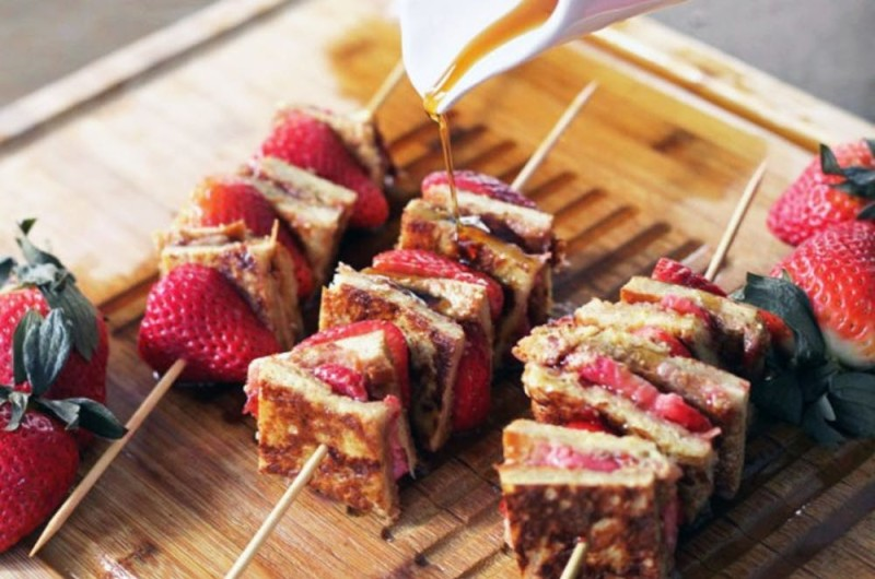 Image for 13 Creative Wedding Foods to Serve on a Stick