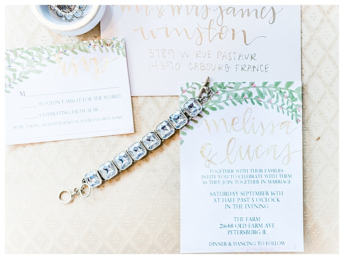 tori-lynn-photography-greenery-wedding-invitation-suite