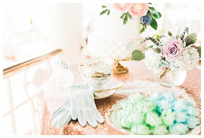 tori-lynn-photography-rose-gold-cake-table-decor