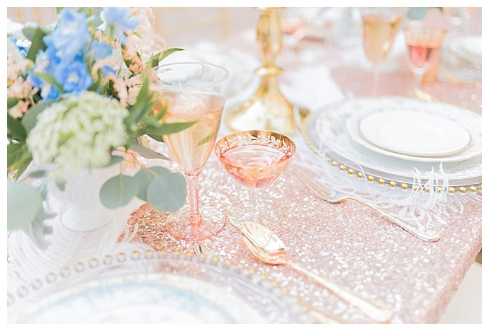 tori-lynn-photography-rose-gold-wedding-table-decor
