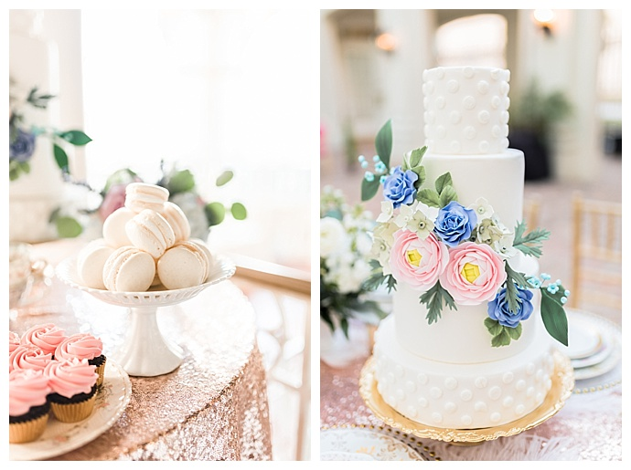 tori-lynn-photography-white-wedding-cake-with-sugar-flowers
