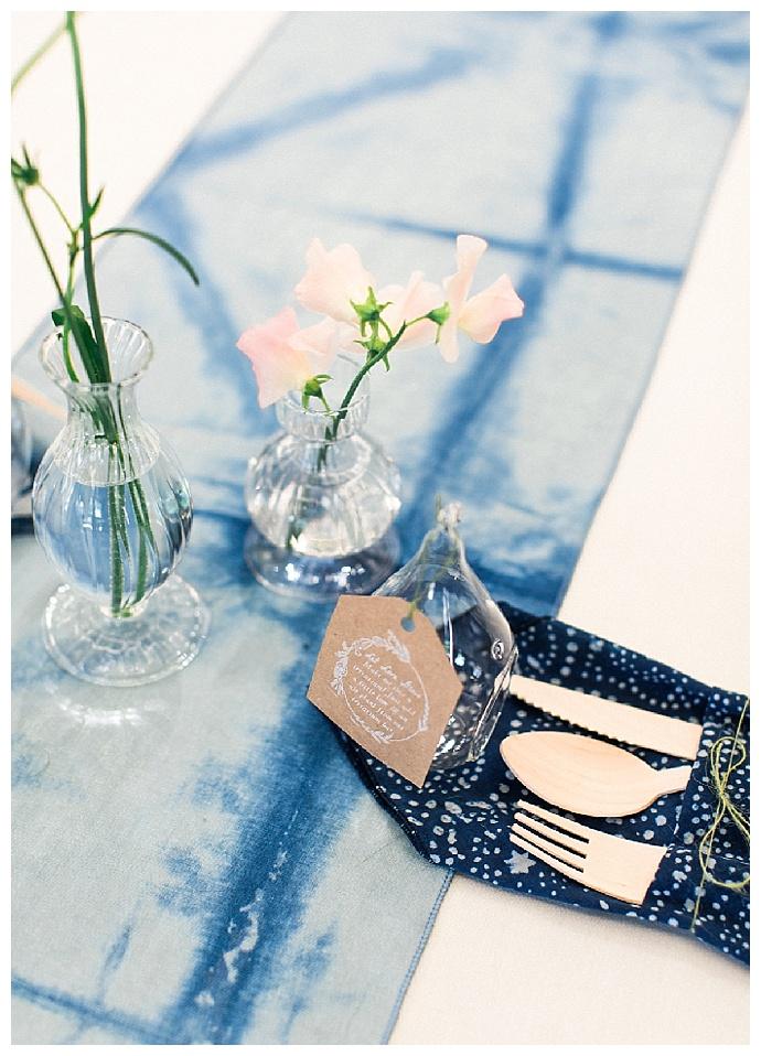 alexandra-knight-photography-blue-shibori-wedding-decor