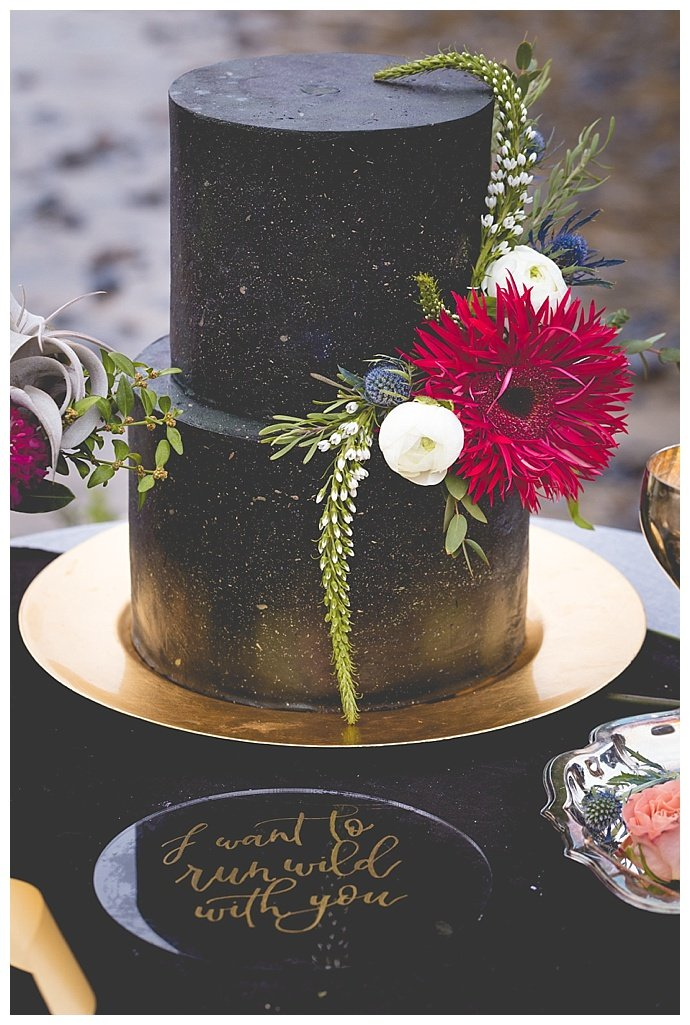 black-wedding-cake-with-gold-flecks-someplace-images