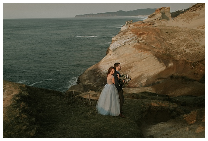cape-kiwanda-oregon-engagement-photos-naba-zabih-photography