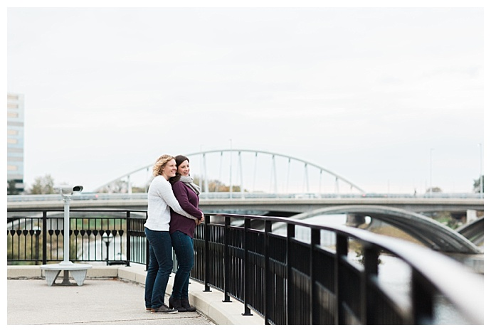 christa-kimble-photography-downtown-columbus-engagement