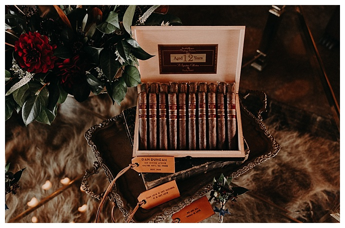groomsmen-lounge-cigar-bar-randi-kreckman-photography
