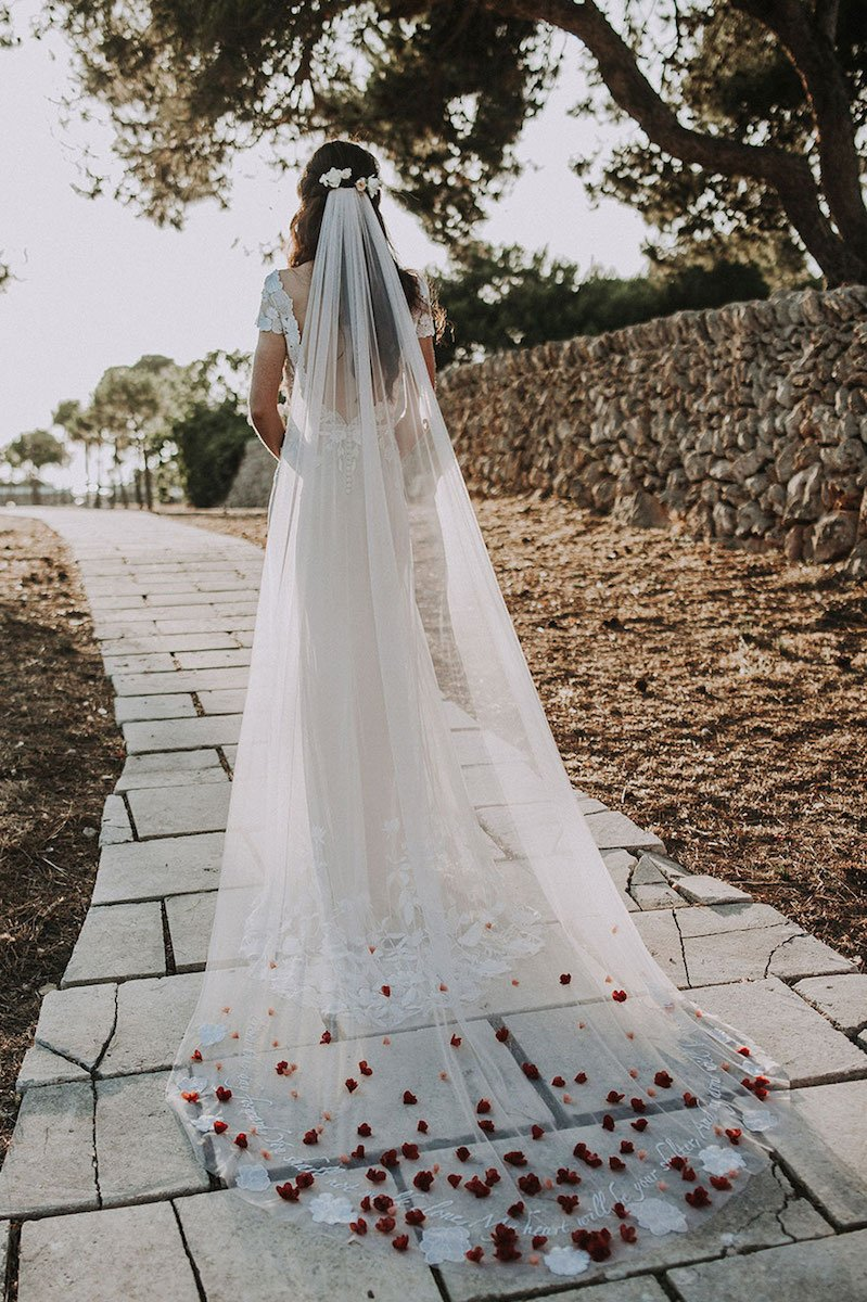 hermione-de-paula-statement-wedding-veil