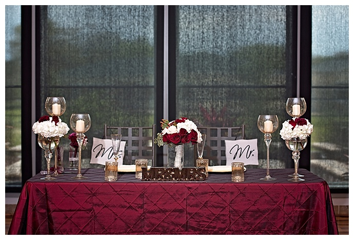 red-sweetheart-table-decor-jamie-reinhart-photography