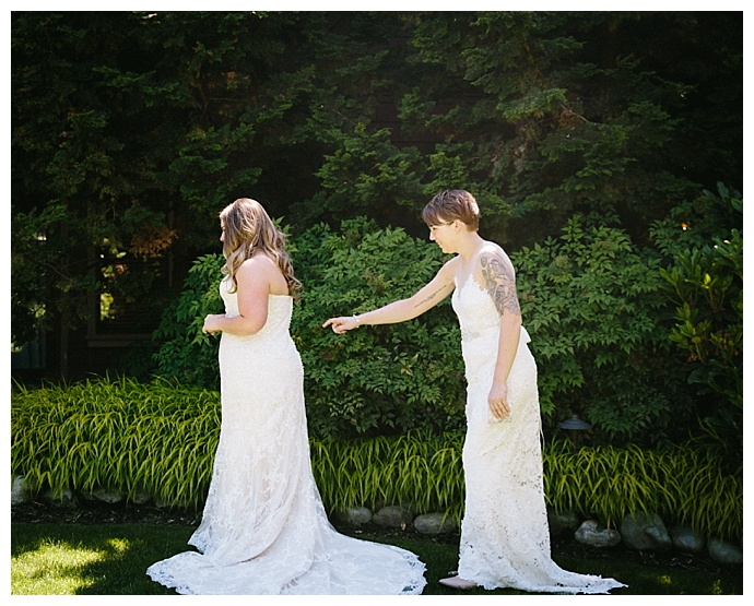 angela-and-evan-photography-lesbian-brides-first-look