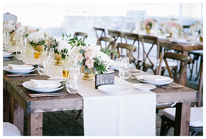 blush-rustic-table-decor-angela-and-evan-photography