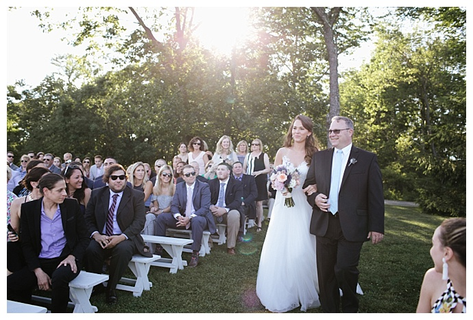 cedar lakes estate outdoor ceremony