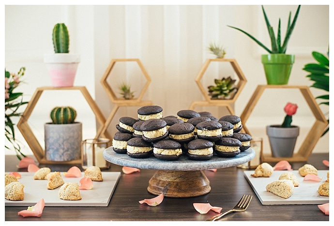 geometric dessert table decor